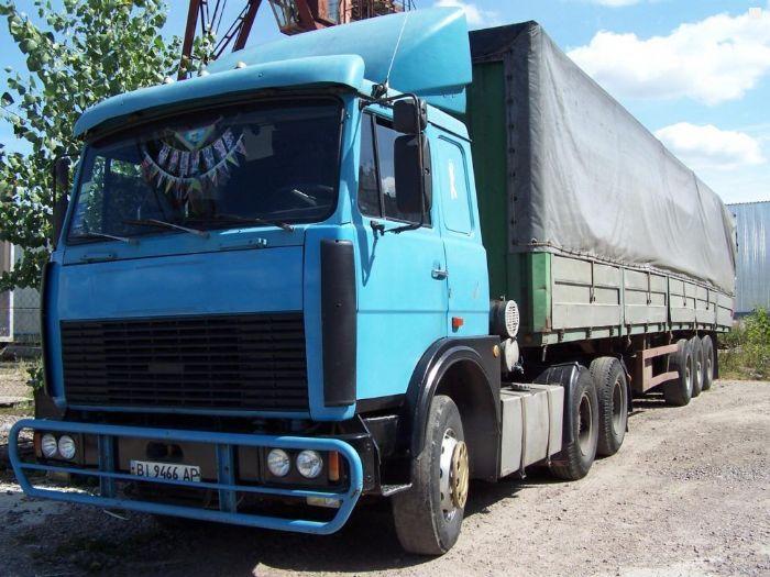 Фотографии МАЗ 64229 1992 года выпуска.