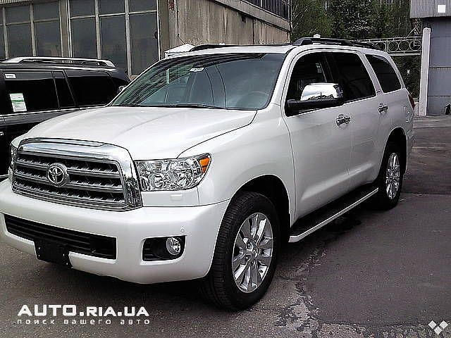 toyota sequoia platinum 2011. Black Bedroom Furniture Sets. Home Design Ideas